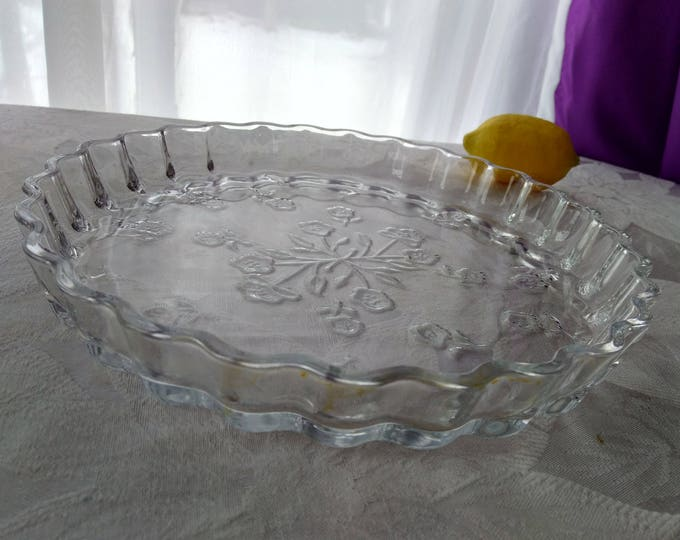 Anchor Hocking 10 Inch Glass Quiche Pie Savannah Floral Pattern Crimped Edges Of Clear Glass Bake Pan Dish Bakeware