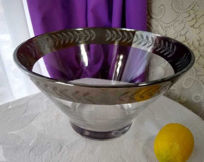 Mid Century Dorothy Thorpe Mod Silver Laurel Leaf Chip Salad Bowl Serving Bowl Libbey Or Anchor Hocking?
