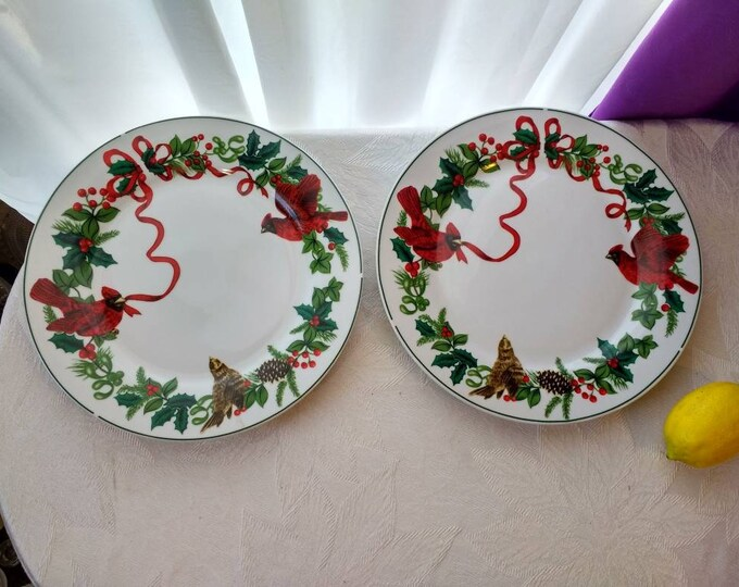 """Royal Norfolk China Dinner Plates """"Cardinal Christmas"""" Holly Red Ribbons Pattern Fine China Set Of 2 Replacement"""