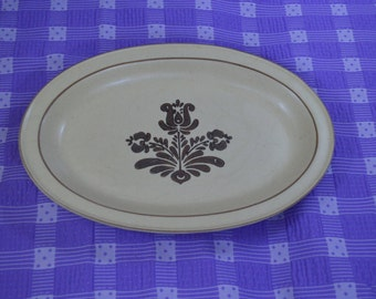 Pfaltzkraff Village 13 Inch Oval Stoneware Tan and Brown Serving Platter