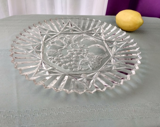 Federal Pioneer Pattern 2806 Clear Dinner Plate Fruit Embossed Pressed Glass 11 Inch Intaglio Center Clear Depression Replacement