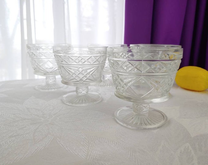 Hazel Atlas  Big Top Sherbert Bowl Set Of 6 Geometric Pattern Footed Dessert Bowl Heavy Durable Ice Cream Dishes Mid Century Dining