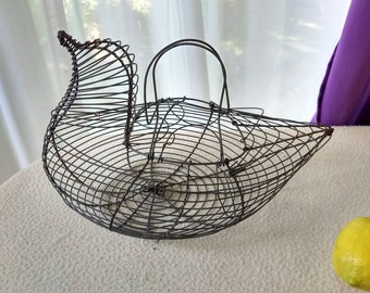 Chicken Shape Wire Egg Basket Hand Crafted Hen Egg Carrier Country Kitchen Farm Rustic Decor