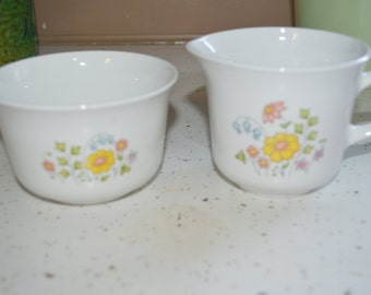 Vintage Retro Corelle Spring Meadow Creamer And Sugar Bowl Pink Yellow Green Flower Pattern