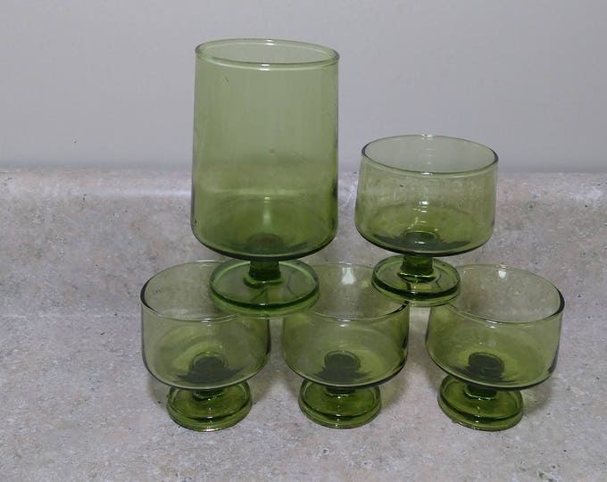 Set Of 8 Anchor Hocking Modern Footed Avocado Green Pedestal Dessert Cups and Water Glasses Water Glasses 4 of Each