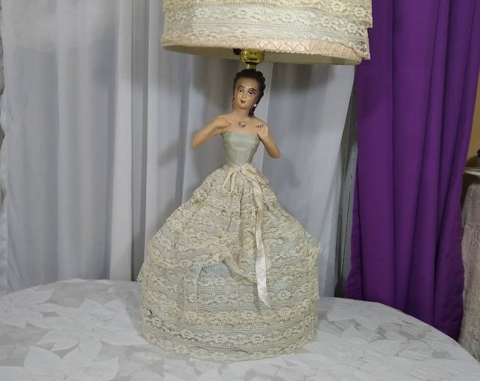 RARE Chalk Woman Lamp Mid Lady Spanish Lady Boudoir Night Stand Table Lamp Vintage Woman Lace Dress 3 Way Night Light Works Doll Light! RARE