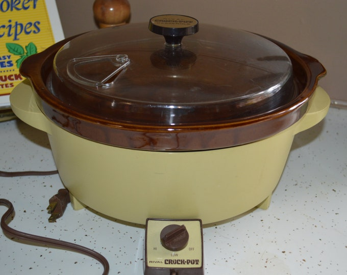 Rare Rival II Crock Pot Model 3500 Slow Cooker Harvest Yellow Casserole 3 Quart Model Retro Yellow Kitchen Decor