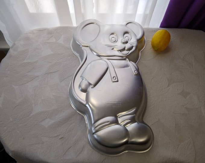 Jerry Mouse Cake Pan 1987 Wilton Aluminum Cake Mold RARE Tom And Jerry Cartoon