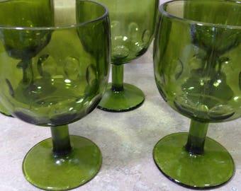 Set of 4 Bartlett Collins Schooners Olive Avocado Green Glass Goblets Thumbprint Stemmed Water Beer Glasses