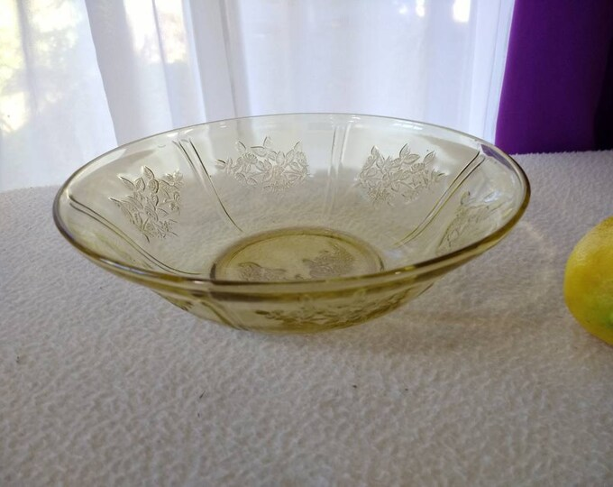 Federal Glass Shannon Yellow Rose Pattern Serving Bowl 8 1/2 Inch Diameter RARE Depression Glass Circa 1930's!