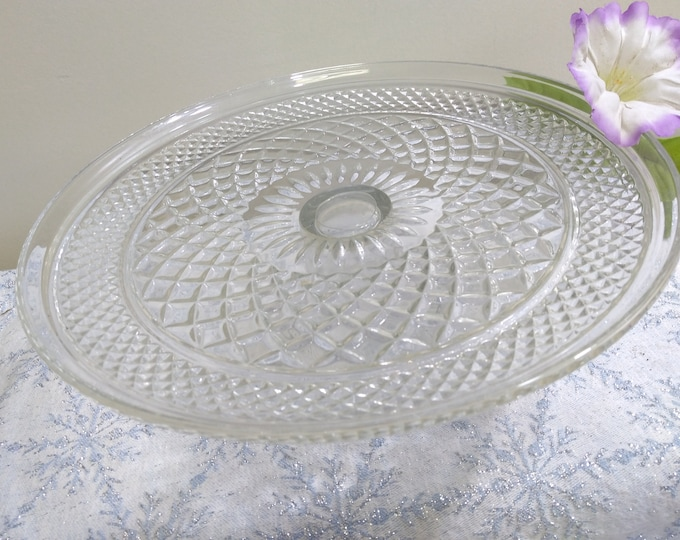 Anchor Hocking Vintage Wexford Diamond Clear Glass Pedestal Cake Plate Stand Chris Cross EAPG