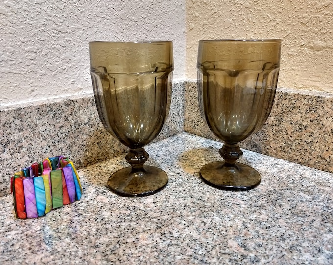 Libbey Duratuff Brown Gibraltar Pattern Large  Heavy Water Goblets Set Of 2  Glasses Stemware Drink Ware Retro Kitchen Restuarant