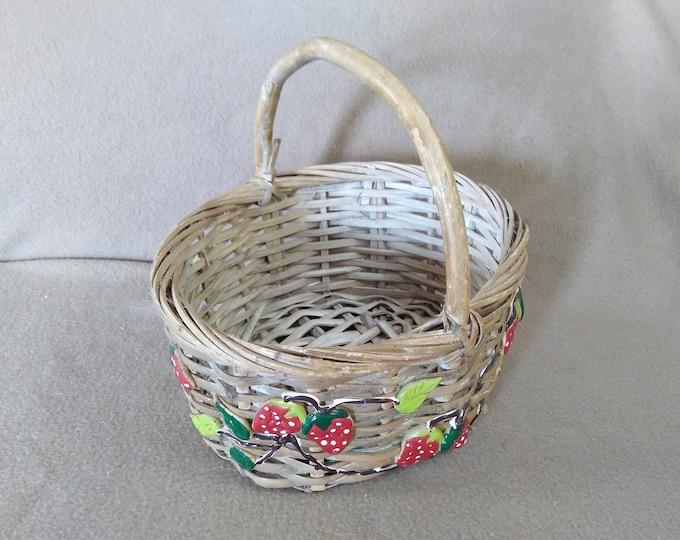 Vintage Light Tan Rattan Wicker Basket With Red Strawberry Gathering Or Decor Wooden Loop Sturdy Hand Painted Red Light Green Dark Green