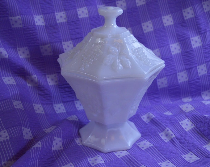 Anchor Hocking Octagon Shaped Covered White Milk Glass Pedestal Footed Candy Dish With Grapes & Leaves