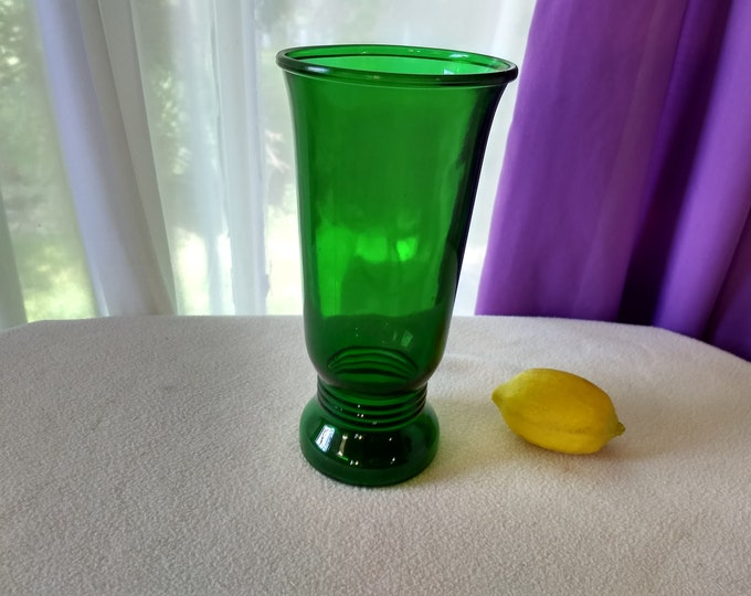 Vintage NAPCO Cleveland Emerald Green Depression Glass Tall Flower Vase Circa 1940's