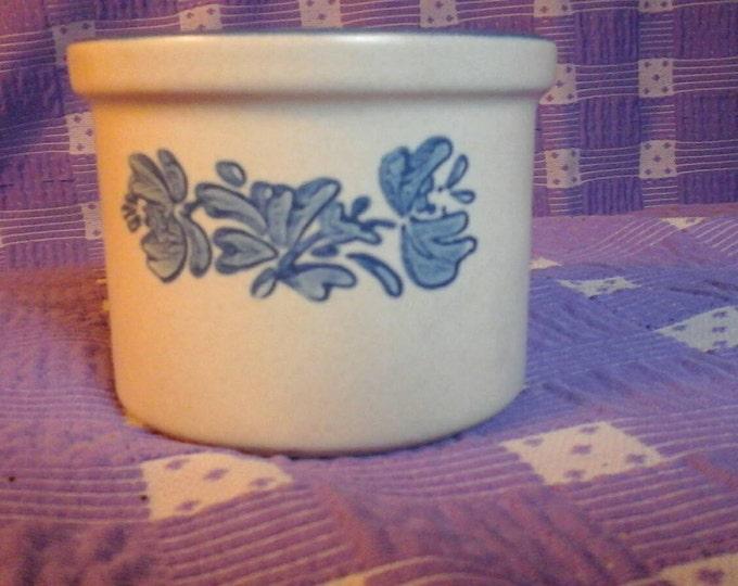 Pfaltzgraff 920 Vintage Yorktowne Blue  Floral Motif 2 1/2 Inch Mini Gray Stoneware Pottery Crock Custard Cup Candle Holder  #920