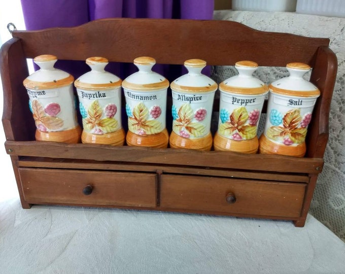 Mid Century 1 Tier Wood Spice Rack Set With Ceramic Spice Shakers Country Kitsch Retro Kitchen Decor Storage