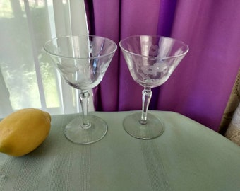 Libbey Glenmore Pattern Etched Large Cocktail Glasses Stemware Clear Set Of 2 Martini Glass Coupe Wine Champaigne Mid Century Stem 3001