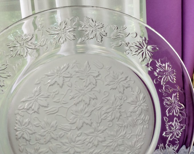 Fasntasia Serving Platter Princess House Large Round Platter 13 Inch Diameter Torte Platter DIY Affordable Wedding