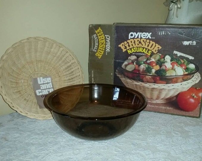 Pyrex Fireside Amber Mixing Salad Pasta Bowl With Basket And Box 4 Quart Large Smoke Brown Wicker Cover Serving Basket