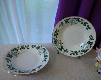 Set Of 4 Eggshell Nautilus USA L 62N5 China Bowls By Homer Laughlin