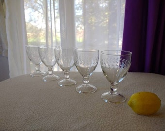Anchor Hocking Etched Laurel Leaf Water Wine Goblets Footed Clear Glass Set Of 5 Iced Tea Glasses Formal Dining Dinnerware