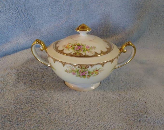 Vintage Royal Embassy Fine China Lincoln Pattern Sugar Bowl Excellent Cream Floral Gold Trim