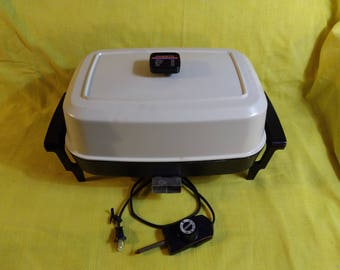 Presto Rectangle Large Electric Teflon Coated Fry Pan Skillet Clean GREAT! Condition~ Model # 0682105 Series 48 91