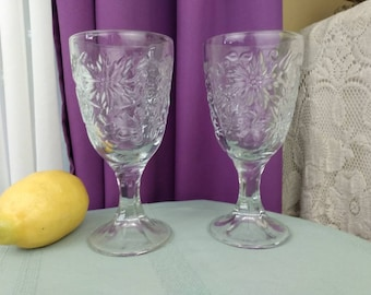 Princess House Fantasia Goblets 516 Clear Chrystal Embossed Poinsetta Flowers Replacment Affordable Gift Collectible Drinkware