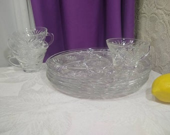 Anchor Hocking Prescut Luncheon Snack Set For 4 ~ Plate With Cup ~ 8 Piece Set ~ Star Of David Mid Century Pressed Glass