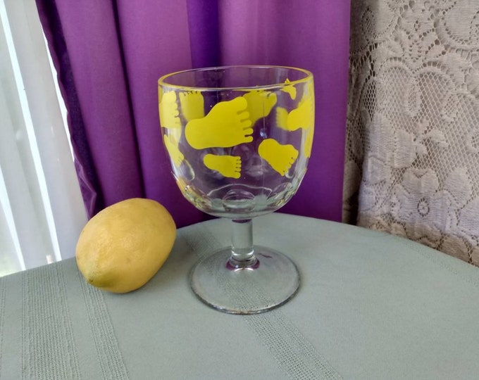 Thumbprint Yellow Feet Goblet Beer Schooner Glass Bartlet Collins Collectible Footed Beer Glass Rare