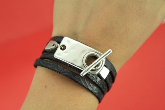 Qty1 10mm or 5mm flat cord sea horse toggle clasp, FC0317MADE in EUROPE zamak sea horse toggle clasp X2779S