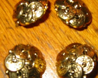 GOLD SET OF 4 BUTTONS