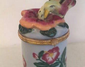 Bombay Company Green Floral Porcelain Bird Candle Holder TRINKET BOX Vintage