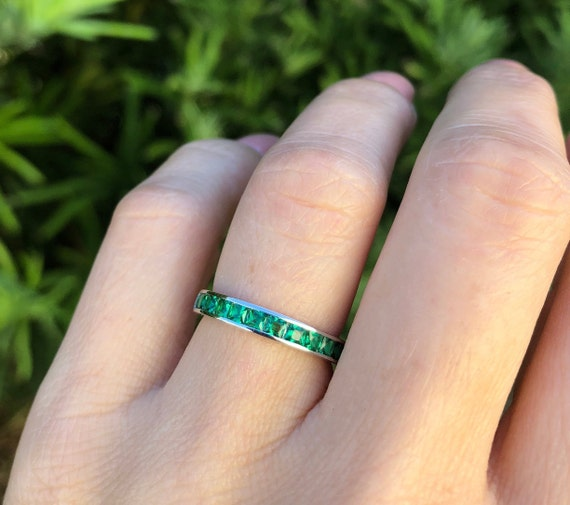 Green Emerald Flower Band Sterling Silver Wedding Band Flower Band Green Emerald Ring Wedding Emerald Band Anniversary Minimalist Band