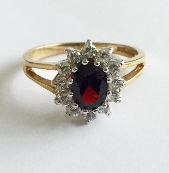 Vintage 9 carat gold Princess Diana ring, Size O /