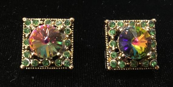 Vintage Clip On Earrings w/Green Rhinestones Aroun