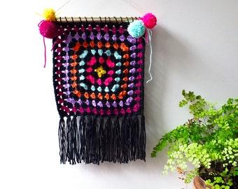 Crochet wall hanging/ hippie wall art/ boho wall hanging/ home decor/ living room decor/ wall decor/ boho dorm decor/wall tapestry art