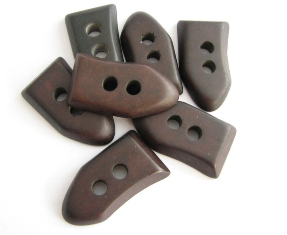 10 x 45mm Large Horn Imitation Toggle Buttons