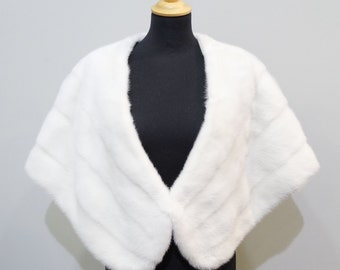 Large white bridal fur stole wrap F483