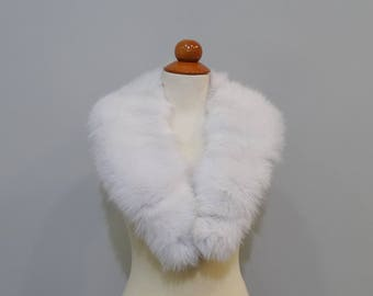Large White Fox Fur Collar F671