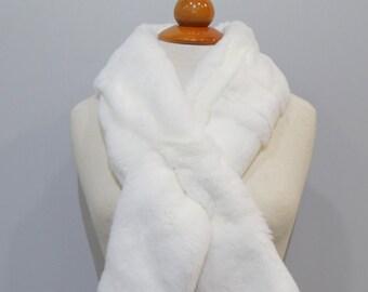 """""""Trendi"""" Real Fur Scarf Rex Rabbit F860"""