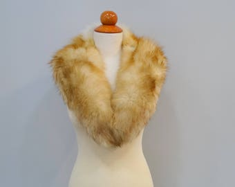 Large Fox Fur Collar F699