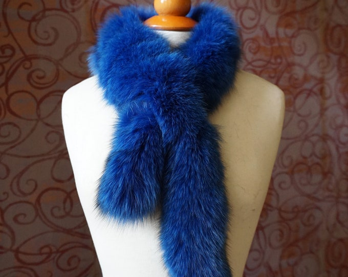 """Trendi"" Fox fur scarf - Blue Scarf F829"