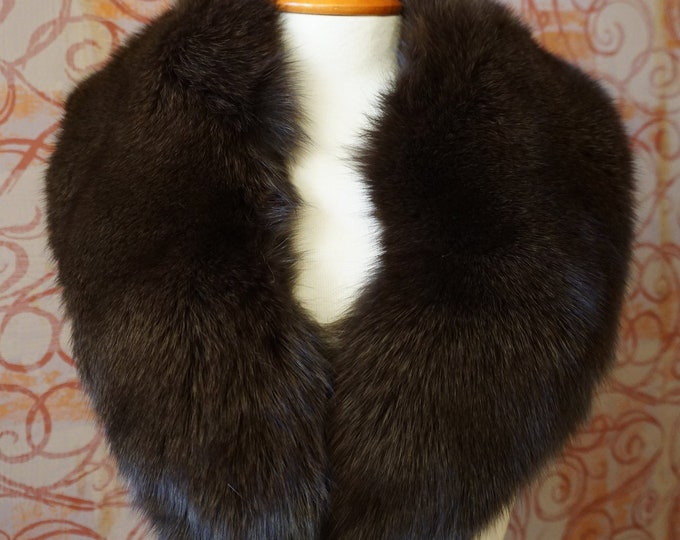 Large Brown Fox Fur Collar F976