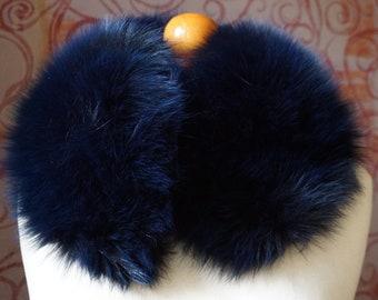 Fox BlueBlack Fur Collar F999