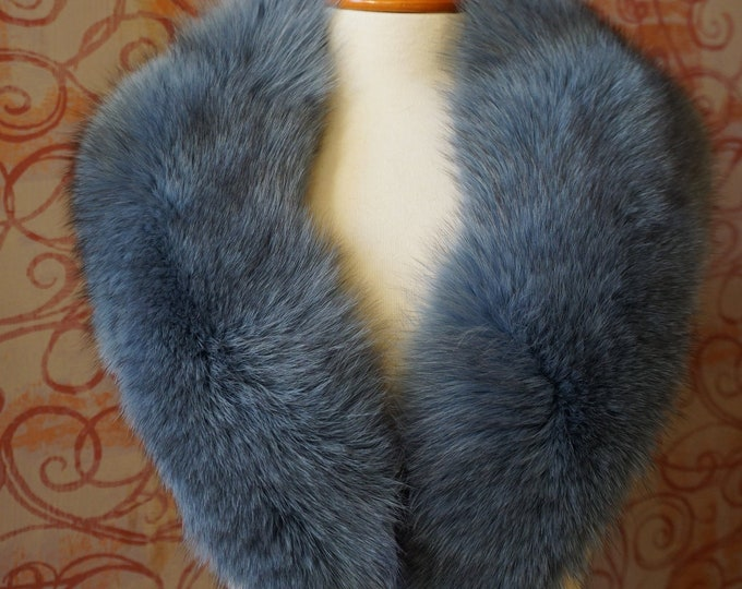 Large GreyBlue Fox Fur Collar F971