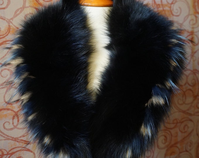 Large Black-Raccoon-Blue Fox Fur Collar F970