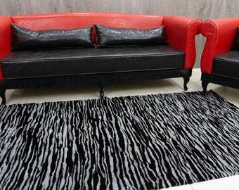 Black & Sapphire Mink Fur Carpet