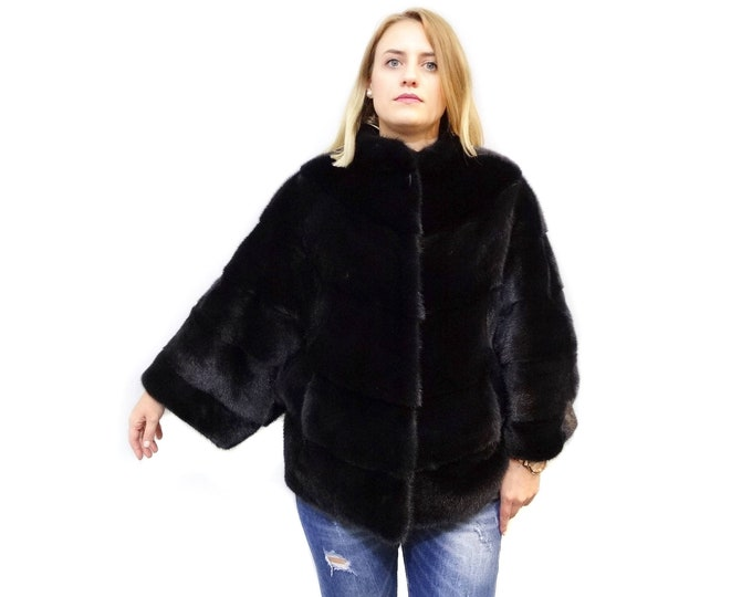 Plus Size Fur, Black Mink Cape F574